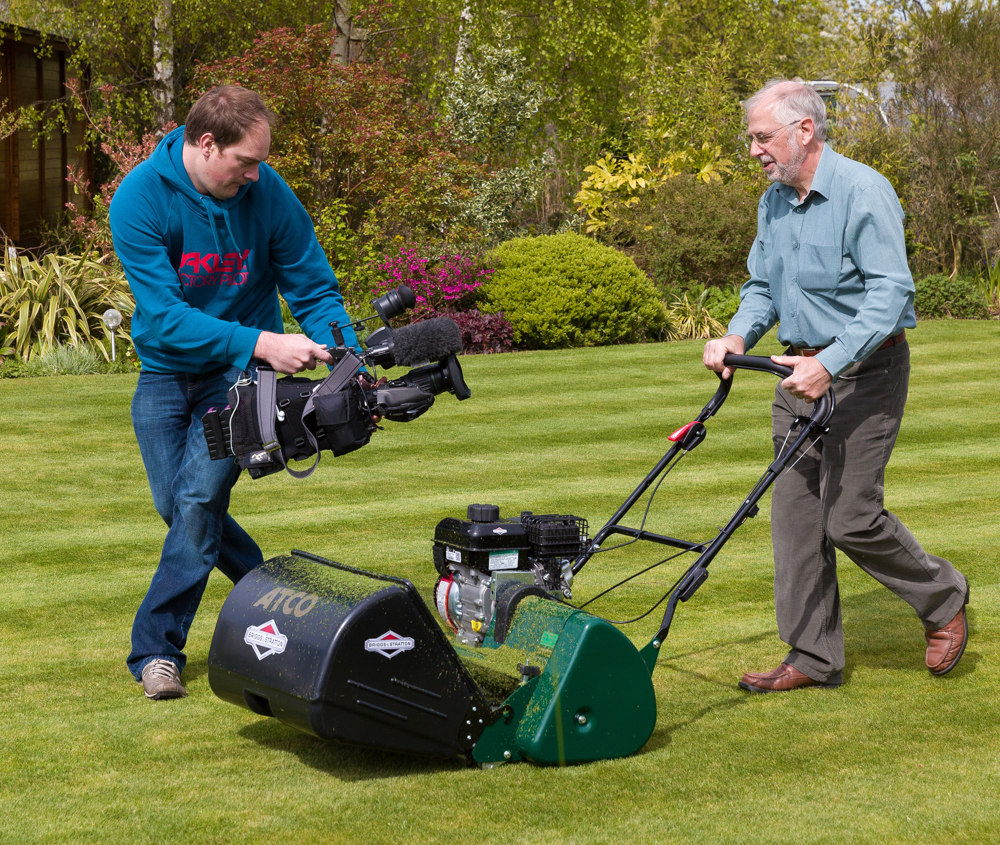 10 Steps to a Prize Winning Lawn